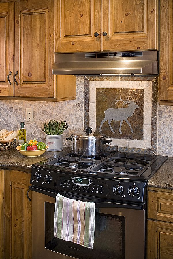 17 best ideas about log home kitchens on pinterest log for Cabin kitchen backsplash ideas