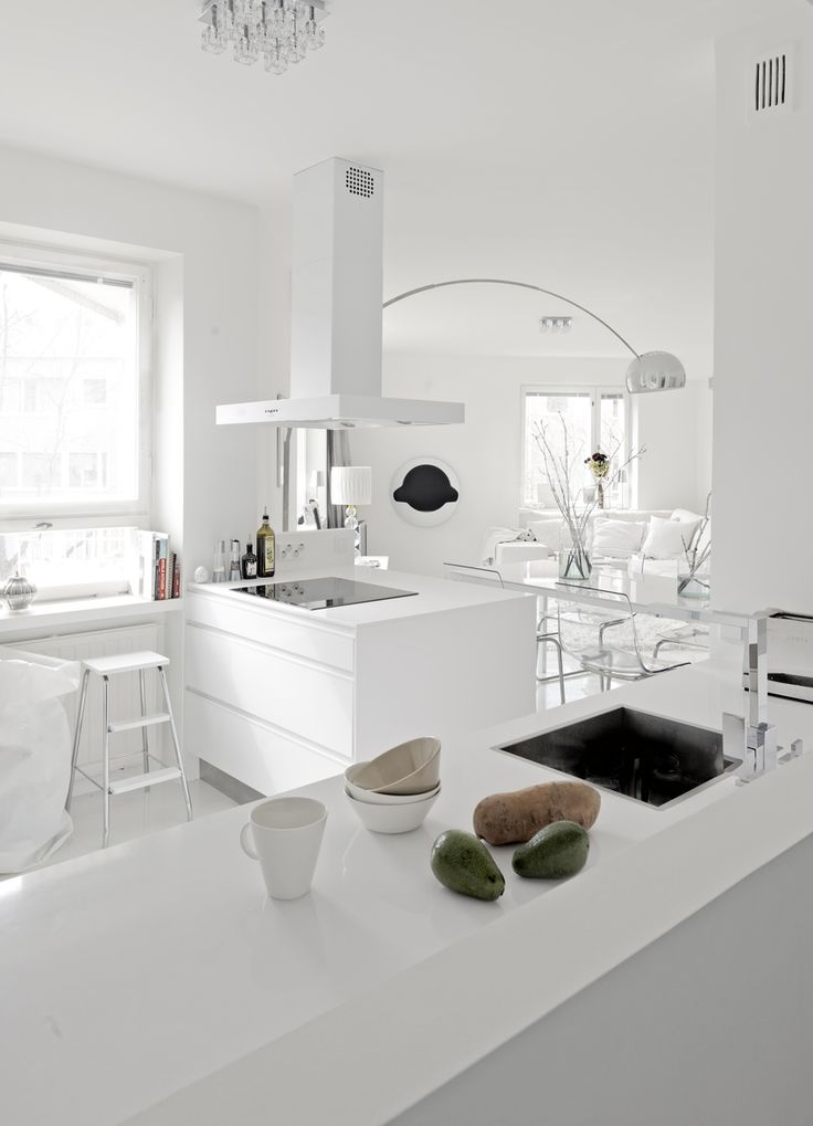 white kitchen ♥
