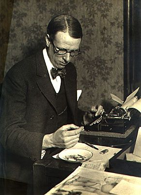 """Sinclair Lewis. A great writer by any measure, and a courageous one. His 1947 book """"Kingsblood Royal"""" is about a middle class white man who, upon researching his family history, learns he is descended from an African American. When he reveals this, he is thrown into the web of racism. Gutsy story to be writing in 1947. Bravo, Mr. Lewis."""
