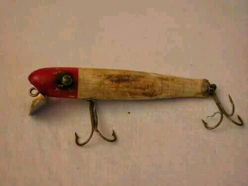 1000 images about fishing gear on pinterest fishing for Old wooden fishing lures