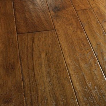 Best 25 hickory wood floors ideas on pinterest hickory for Bella hardwood flooring prices
