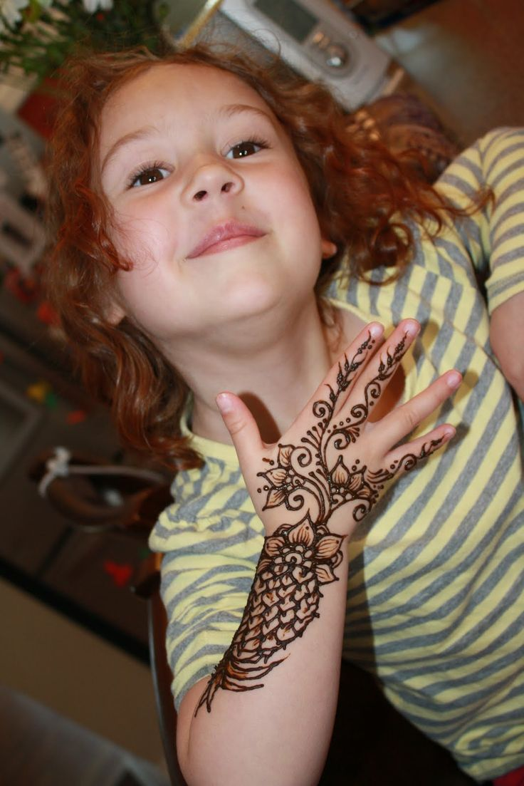 Mehndi design 2017 for small hands - Tatto Baby Girl Mehindi Designs For Baby Girls