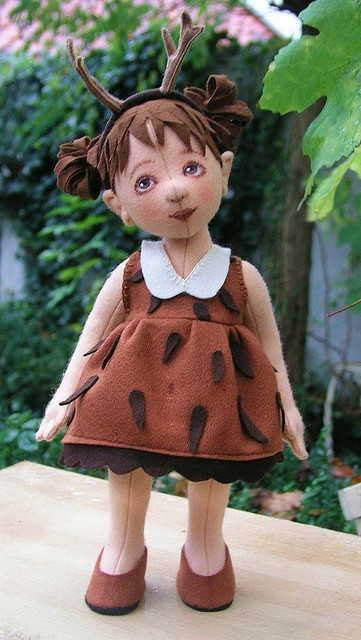 OP: today I'm a roe-deer girl. Me: This is seriously cute. I totally dig the hair.
