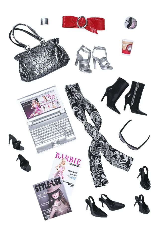 Mira No. 001 - Colección 001   Barbie Collector