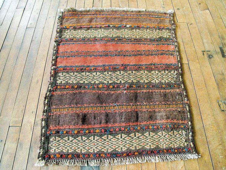 Vintage Persian Kilim Rug - Cute Entry rug, Bathroom Rug, Bath Mat