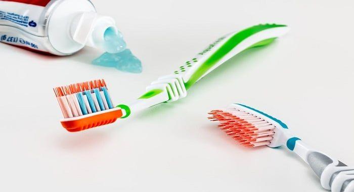 حلم معجون الأسنان في المنام هو يراود العديد من الأشخاص وهذه الرؤية تشعرهم بالحيرة والقلق ولذلك يتساءلون حول تفسي Oral Health Care Medicaid Dental Oral Health