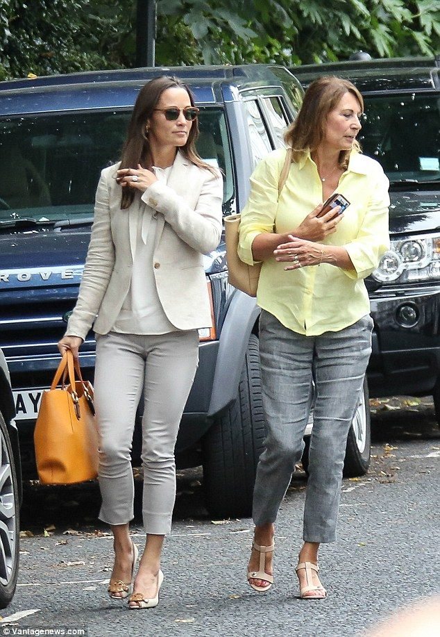 Pippa Middleton steps out with her mother Carole in London for her 33rd…