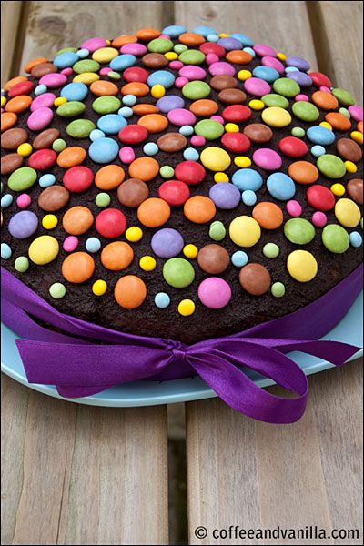 Berry Vanilla Chocolate Picnic Cake with Smarties