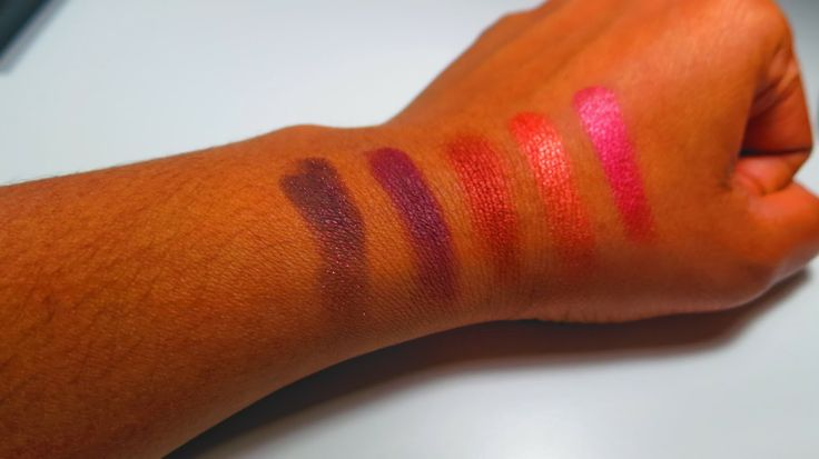 Colours from left to right: Beauty Marked, Antiqued, Sketch, Coppering, Cranberry