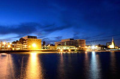 Travel Destination Guide: Emerald Beach Hotel - Corpus Christi