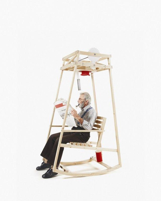 Кресло-качалка, которое свяжет вам шапку, пока вы читаете газету