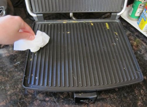 panini-press-cleaning