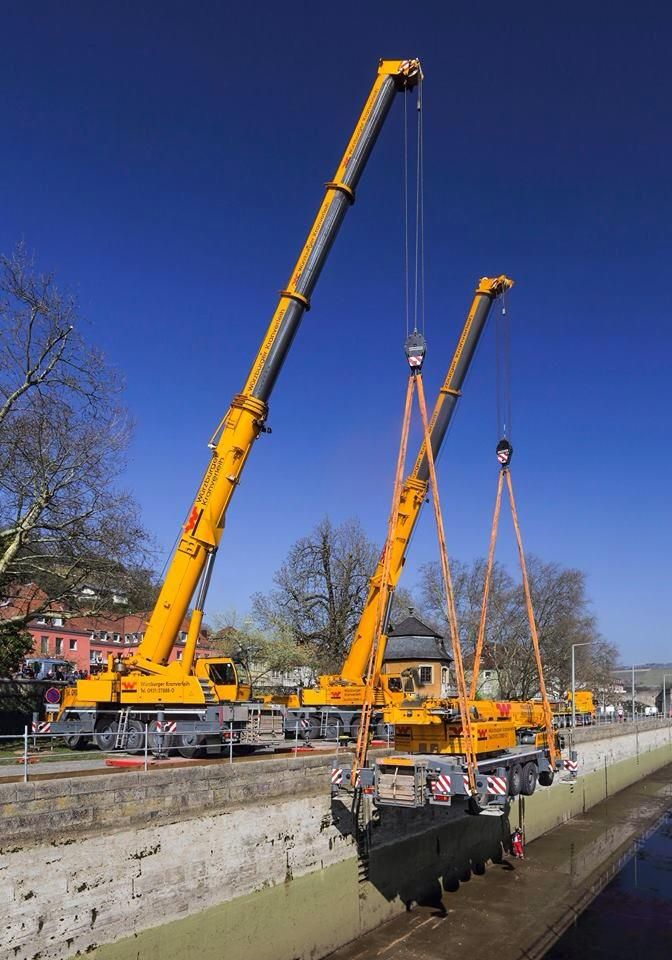 Liebherr Ltm 1220 Going For A Ride Heavy Equipment