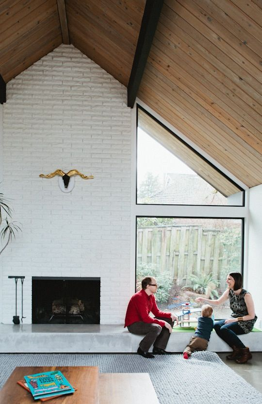 4 Easy Ways to Transform Your Huge Fireplace </em> | Apartment Therapy