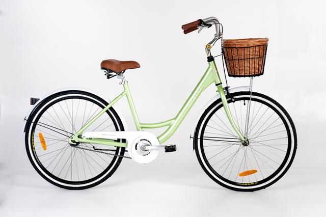 Esperia Como Ladies' Bike - available in blue or green and as a single or 7 speed.  The front basket is included with the bike which also comes with Mega Bike's 12 month service programme and accessory package