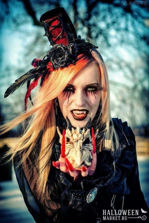 #vampire #halloweenmarket #halloween  #вампир #костюм #макияж #образ Образ вампира на хэллоуин (фото) Ещё фото http://halloweenmarket.ru/%d0%be%d0%b1%d1%80%d0%b0%d0%b7-%d0%b2%d0%b0%d0%bc%d0%bf%d0%b8%d1%80%d0%b0-%d0%bd%d0%b0-%d1%85%d1%8d%d0%bb%d0%bb%d0%be%d1%83%d0%b8%d0%bd-%d1%84%d0%be%d1%82%d0%be/