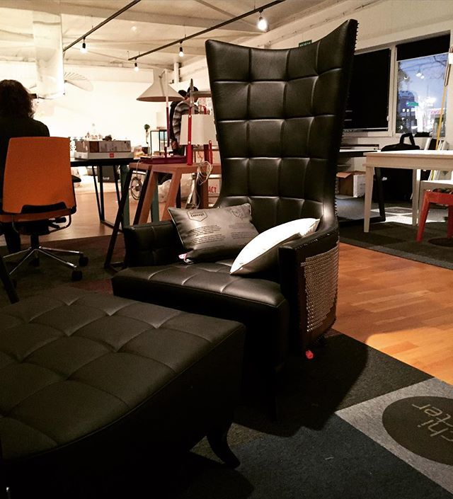 Armchair PUNK with footrest, leather #delicious_concept #design #designer #projektymebli #polishdesign #interiodesign #interiordesigner #interiors #furniture #furnituredesign #architect #projects #projectsoffurniture #armchair #armchairs #fiotrest #punk #leather #andrew #andrewdesigner #fotelpunk #fotel