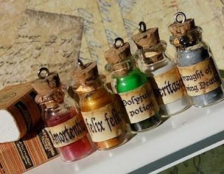 I am in Harry Potter geek love <3