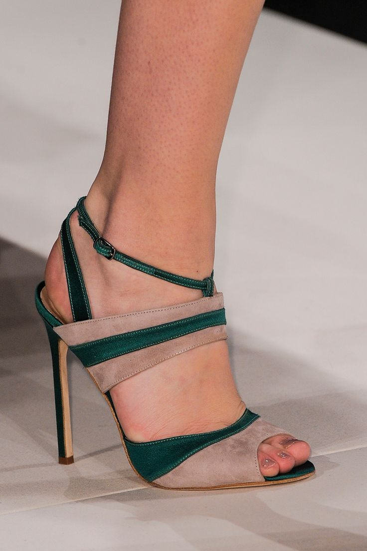 Carolina Herrera Fall 2013 RTW strappy two toned green beige heels