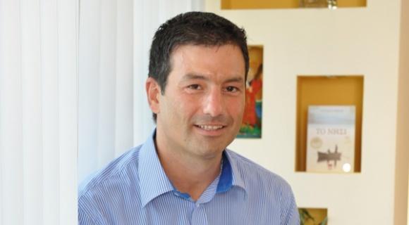 O Κωνσταντίνος Παπαδόπουλος μιλάει στην Athens voice για τις εκδόσεις Διόπτρα