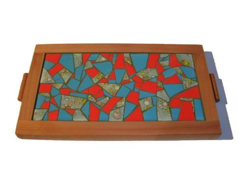 Bandeja de mosaicos en madera de raul mosaicos pinterest - Mosaico de madera ...