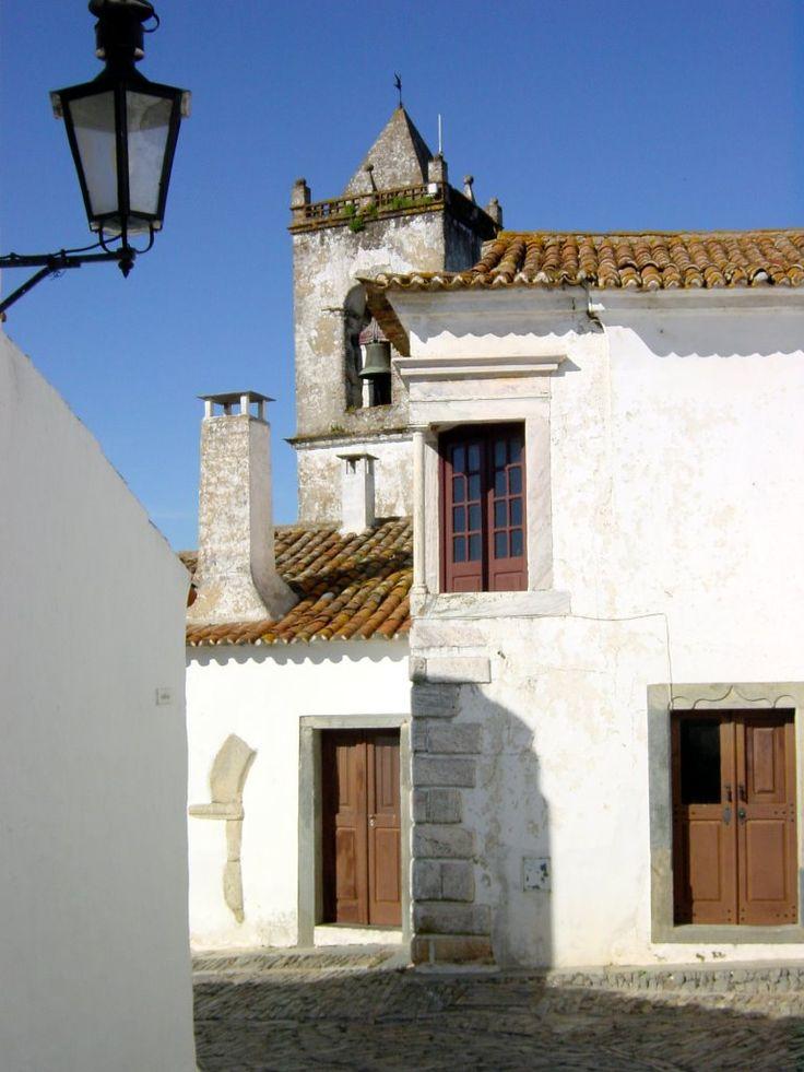 Calle de Monsaraz. Portugal