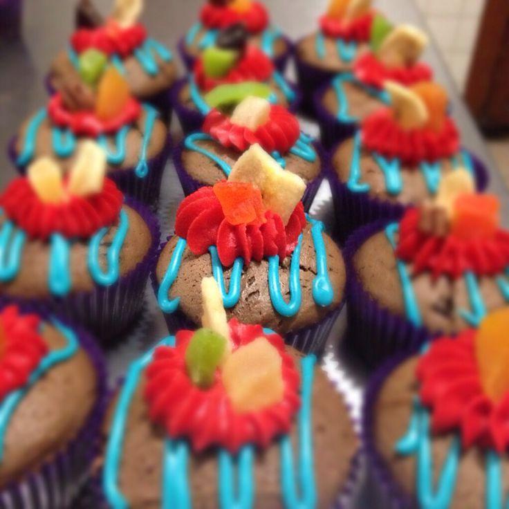Colourful Fruit Cake: Colorful Fruit Cupcakes