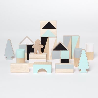 What? A really cute brand created by Iga, a mum who discovered magic in kids' world after the birth of Orson, her son. This wonderful universe is built with wooden handmade toys, Scandinavian style and a bit of natural charming. This brand tries to bring natural materials into kids' lives to help them to feel, …