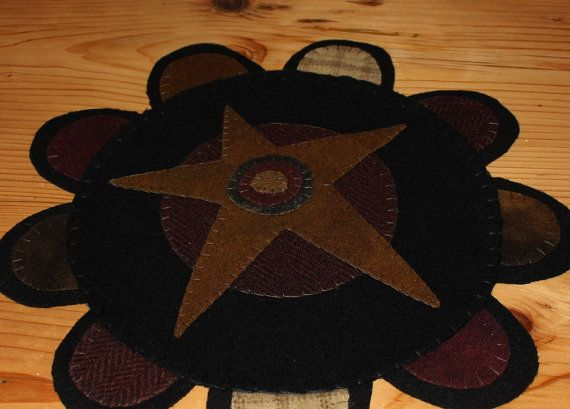 Primitive star wool penny rug by ThePrimitivePear on Etsy, $26.00