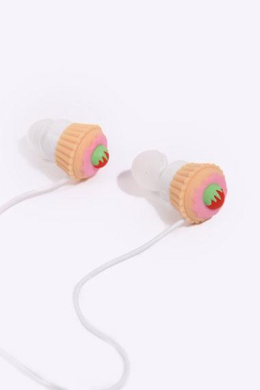 Cupcake Ear Bud Headphones