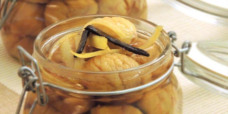 Le castagne sciroppate al rum sono un modo di conservare nei vasetti le castagne, per gustarle nei prossimi mesi. Delizioso dessert, buone anche sul gelato