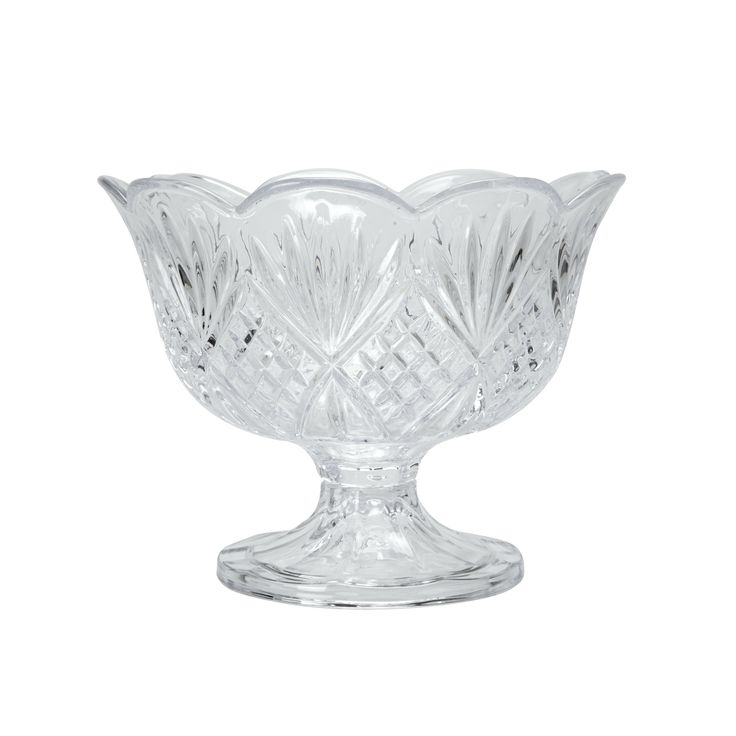 For dinner parties or high tea, the Vintage Style Glass Trifle Dish takes pride of place as part of a well-dressed spread.