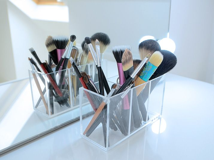 muji makeup storage - acrylic brish holder