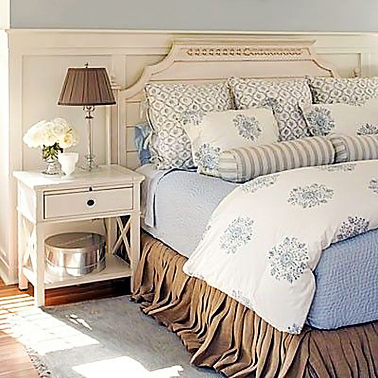 Beach Cottage: Clean & Bright Bedroom