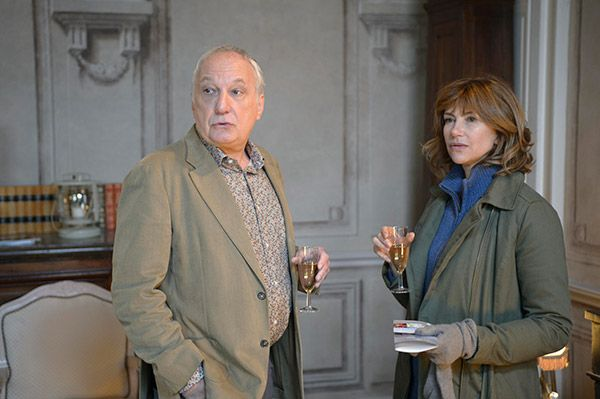Le clef des champs (2014) ✭✭✭ Enjoyable but quite silly French TV movie. François Berléand and Florence Pernel are fun to watch.