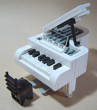 Lego Baby Grand- OMG, OMG, OMG and also? SQUEEEEEEE.