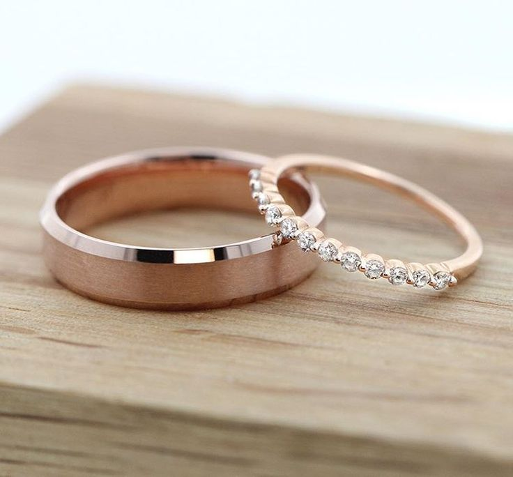 Rose gold rings:18K Rose Gold Ridge Mens Band & 14K Rose Gold Willow Wedding Band. His & Hers