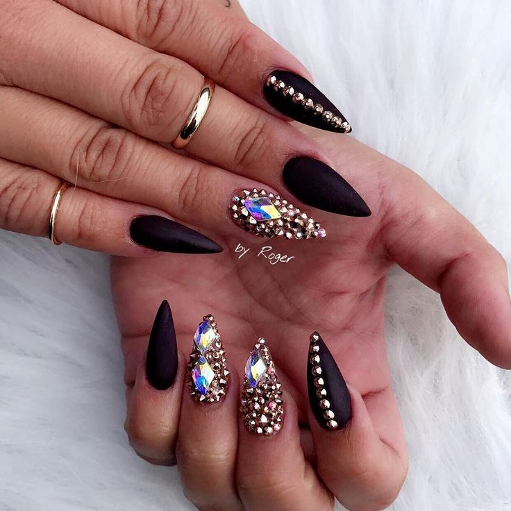 Stilleto Nail Ideas For Prom: 1000+ Ideas About Acrylic Nails Stiletto On Pinterest