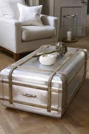 Aviator case coffee table - Lombok