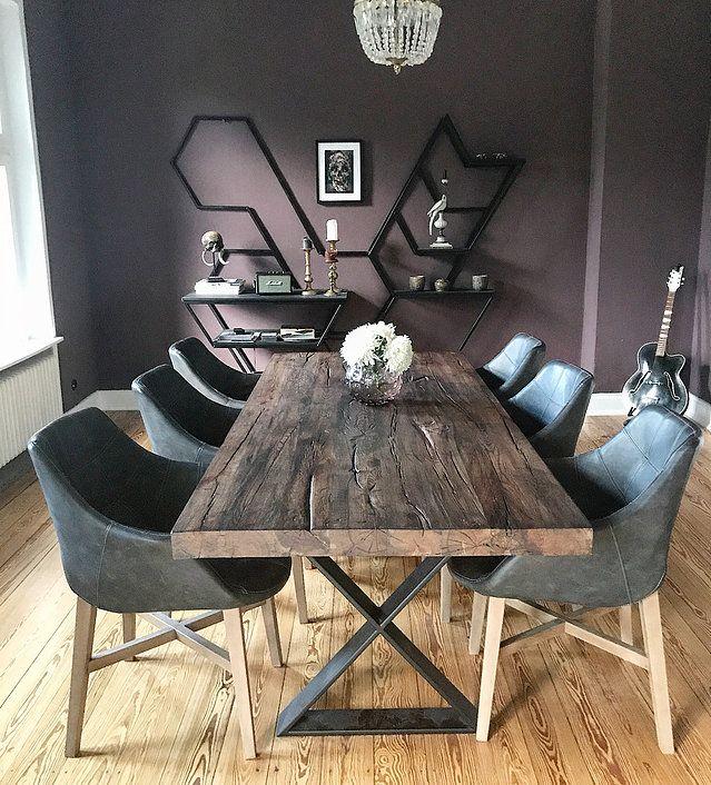 Esstische aus Eichenholz-Altholz gefertigt im Wunschmaß von Holzwerk-Hamburg. Wählen Sie Ihr Tischgestell und gestalten Sie Ihren Traumtisch.