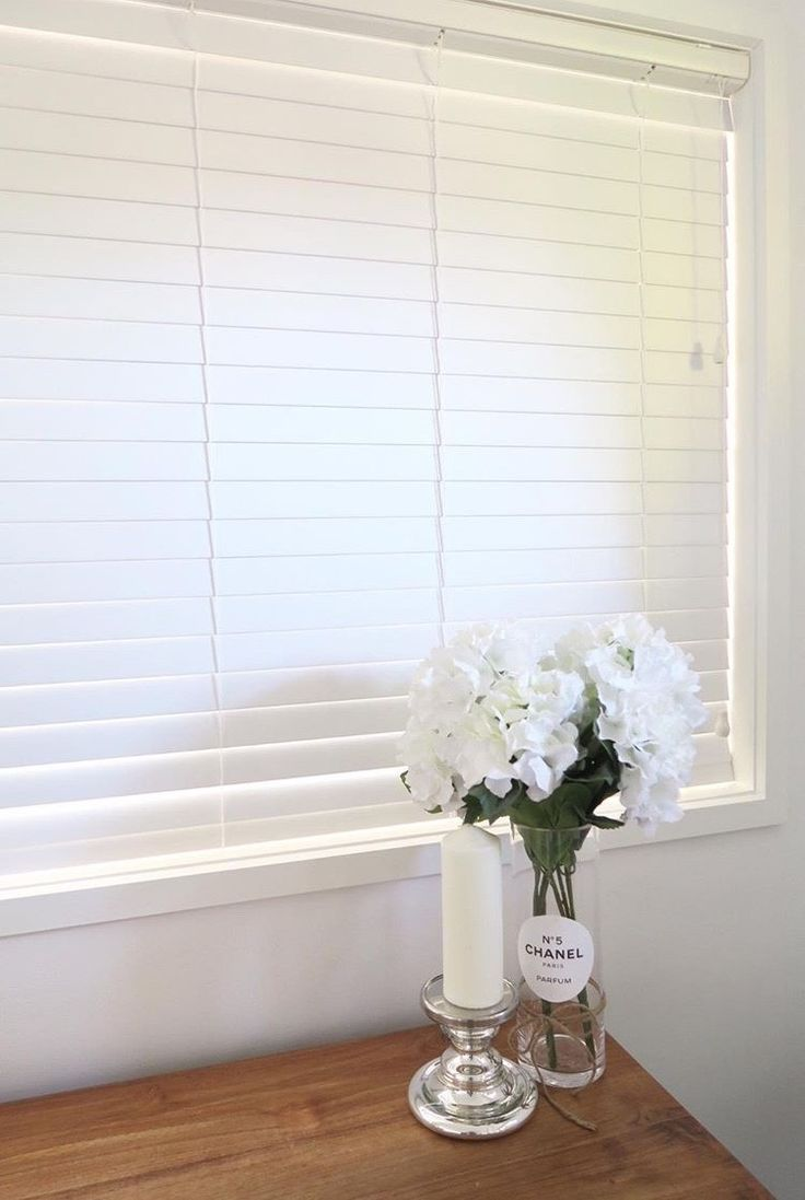 Veneta Essentials Timber Look Venetian Blinds