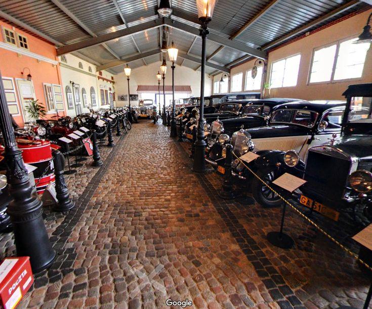 Zapraszam do wirtualnego spaceru po Muzeum Motoryzacji w Gdyni zrealizowanego w ramach programu rekomendowany fotograf google.