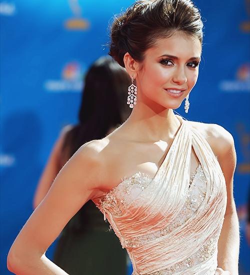 Oh my gosh, she is so swan-like!The Vampires Diaries, Girls Crushes, Wedding Dressses, Fashion, Style, Ninadobrev, Hair Makeup, The Dresses, Nina Dobrev
