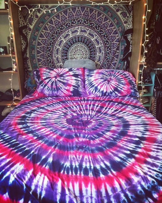 b8bc3a0d747220 Tie Dye Bed Sheets Inspiration – SKYDYED  MensTies