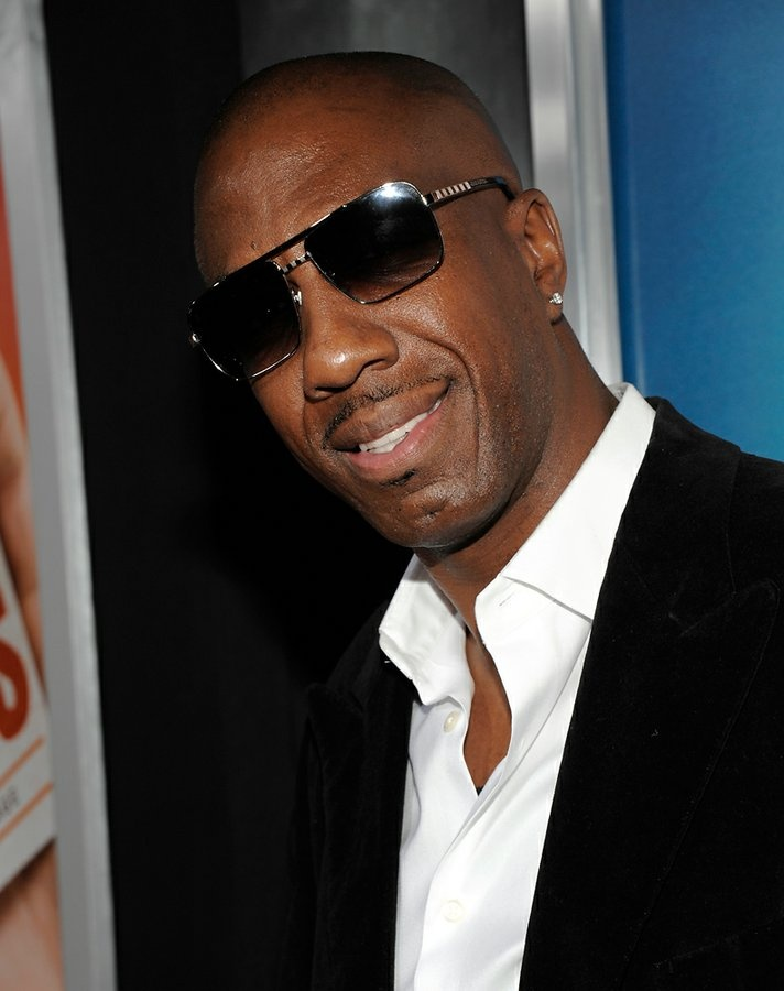 J.B. Smoove as Leon Black