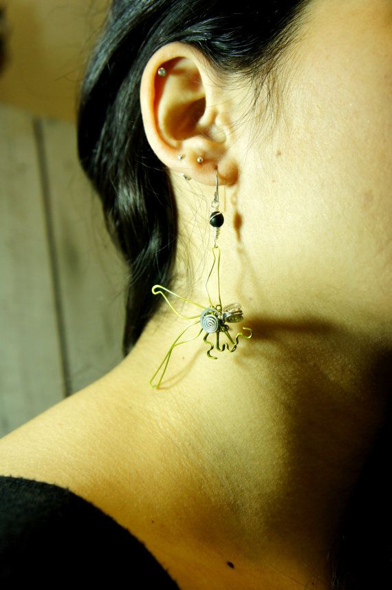 lime green colored copper wire dragonfly earrings by raizesimaginarias