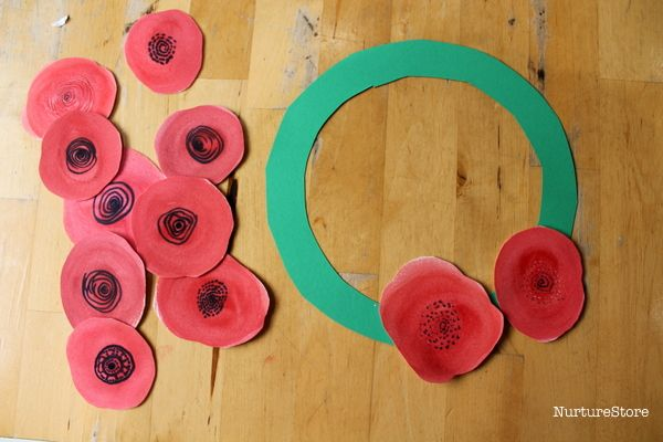 simple poppy day craft wreath