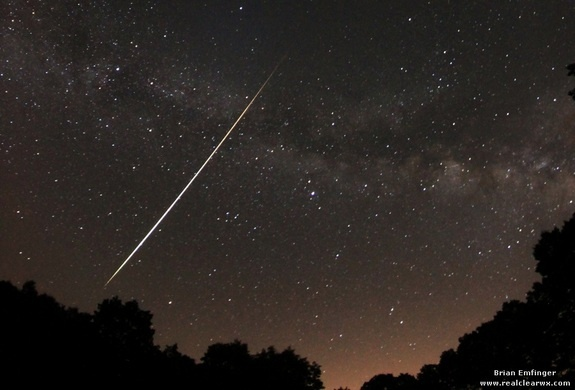 Lyrid Meteor Shower 2012: Brian Emfinger  Credit: Brian Emfinger  Skywatcher and photographer Brian Emfinger captured this magnificent Lyrid fireball with the Milky Way in the background from Ozark, Ark., during the April 21-22 peak of the 2012 Lyrid meteor shower.