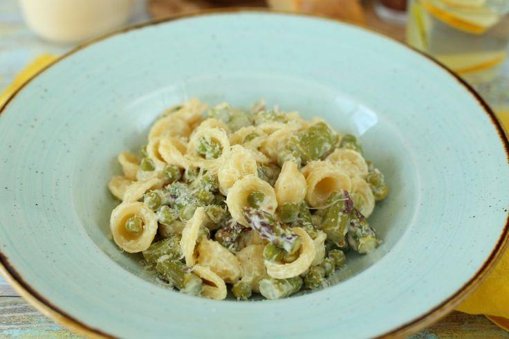 Zöldspárgás krémsajtos pasta
