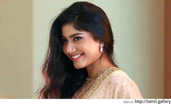 Sai Pallavi to star in Nayanthara director's next - http://tamilwire.net/55112-sai-pallavi-star-nayanthara-directors-next.html